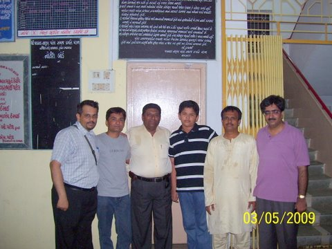 Sachin, Amit, Kandarp, Atreya, Satish and Vikas ( L-R)